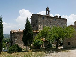 Todi Charming 11th-century historic  Medieval Tower with large panoramic terrace