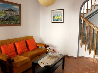 Spacious house in the center of Ardales with Parking, Internet, Washing machine,
