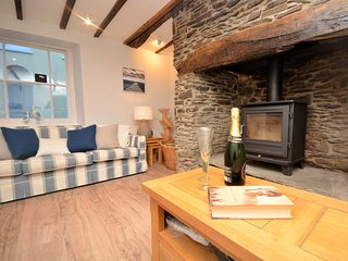 66217 Cottage situated in Appledore