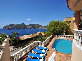 VILLA CAMP DE MAR- Villa sea views  Camp de Mar. 3 rooms, BBQ. Andratx- 96015- -