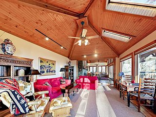 3BR Mountain Retreat w/ Private Heated Pool, Hot Tub, Game Room & Playground