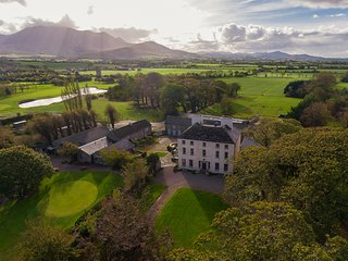 Churchtown House, Kerry, Ireland, Reeks District, MacGillicuddy Reeks
