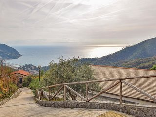 2 bedroom Villa in Crova, Liguria, Italy : ref 5696480