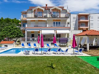 2 bedroom Apartment in Vrsine, Splitsko-Dalmatinska Zupanija, Croatia - 5696106