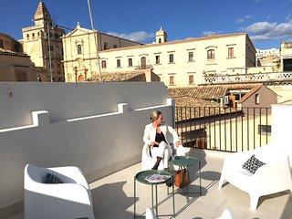 CORSO BAROCCO | Luxury rooms&suites | Casa DELANA
