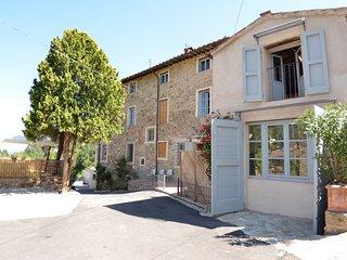 6 bedroom Villa in Pieve di Compito, Tuscany, Italy : ref 5693942