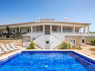 5 bedroom Villa in Vale da Canada, Faro, Portugal : ref 5696094