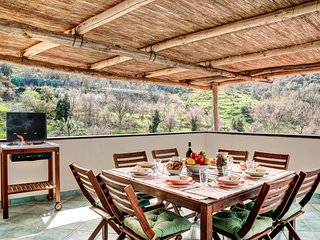 3 bedroom Apartment in Schiazzano, Campania, Italy : ref 5696093