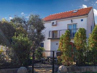 4 bedroom Villa in Kornić, Primorsko-Goranska Županija, Croatia : ref 5696432