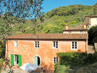 4 bedroom Villa in La Querce, Tuscany, Italy - 5686512