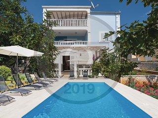 6 bedroom Villa in Razanj, Sibensko-Kninska Zupanija, Croatia : ref 5696481