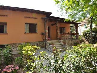 3 bedroom Villa in Sarzanese Valdera, Tuscany, Italy : ref 5694643