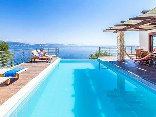 3 bedroom Villa in Syvota, Ionian Islands, Greece - 5690917