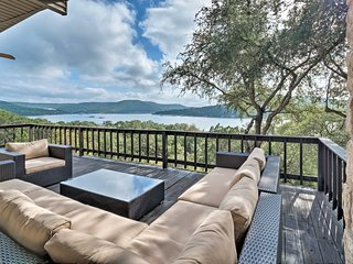 NEW! Lake Travis Leander Villa w/Dock on Orchard!