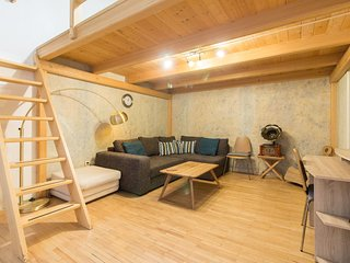 Cosy Apartment for 4 next to the Main Train Station by easyBNB