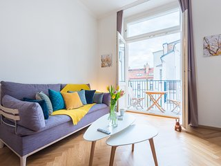Beautiful Malastrana Studio by easyBNB