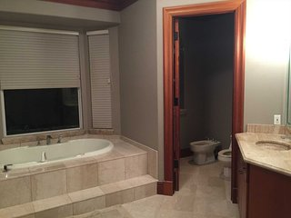 SWFL Rentals - Villa Diamond on the River - 2-Story Pool Home with 5 BR's and Ri
