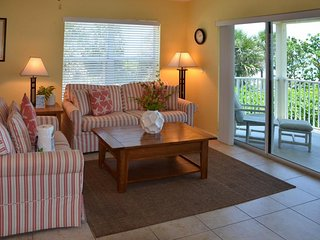 NEW LISTING! Beachfront condo w/shared pool/hot tub - easy access to dining