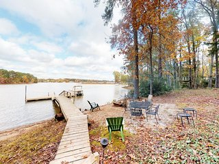 NEW LISTING! Lakefront and dog-friendly home w/ dock, great for families!