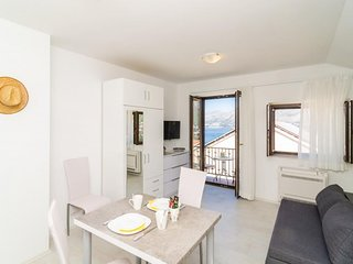 Cosy studio in the center of Cavtat with Parking, Internet, Air conditioning, Ba