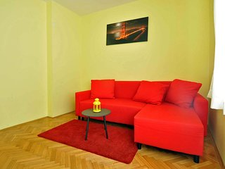 Cozy apartment in the center of Premantura with Parking, Internet, Air condition