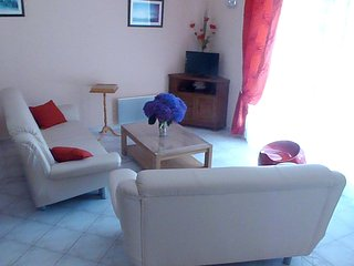 Spacious house very close to the centre of Pénestin with Parking, Washing machin