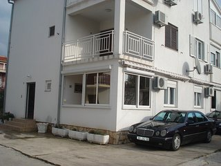 Cozy apartment in the center of Vodice with Parking, Air conditioning, Balcony,