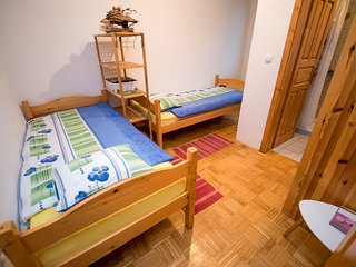 Cozy room in Golobinjek with Parking, Internet