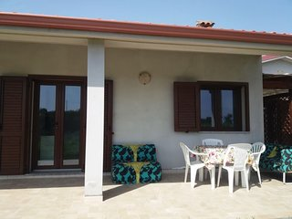 Spacious apartment in the center of Is Potettus with Parking, Internet, Washing