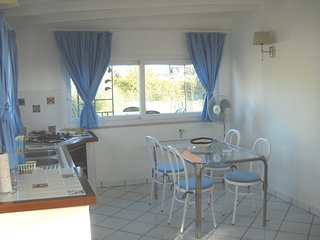 Cozy house close to the center of San Felice Circeo with Parking, Internet, Wash