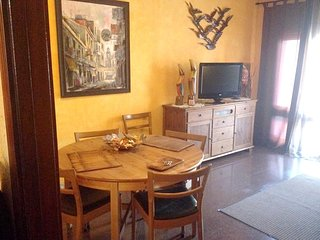 Spacious apartment in the center of Calella with Parking, Internet, Washing mach