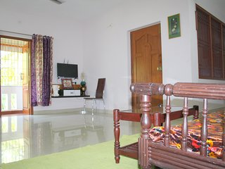 Le Pondy Homestay (1st Floor Apartment)
