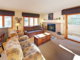 Best Value! Ski-In/Ski-Out Condo on Beaver Creek w/ Fireplace & Balcony