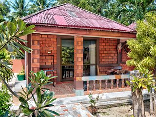Secluded Beach Bungalow Deluxe