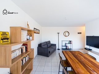 ❤ Nice apartment with great view of the Loire and free parking, Cite des Congres