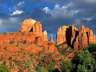 STUDIO~ BELL ROCK INN~ VIEWS OF RED ROCKS~ TRAIL HEADS~ HOT TUBS~ POOLS & MORE