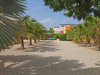 Studio Tortuga at The Palms of Bonaire : Private Studio Apartment