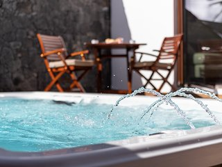 Rincón del Océano- pool-jacuzzi-spa heated.sea view. WIFI. Satellite TV. Quite