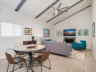 NEW LISTING! Remodeled townhouse with ocean views, close walk to town and beach!