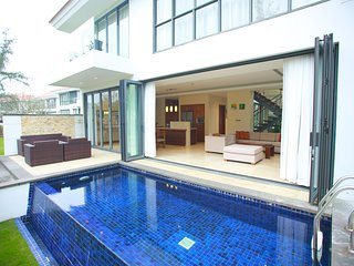 Ocean Luxury Two Bedroom Villa