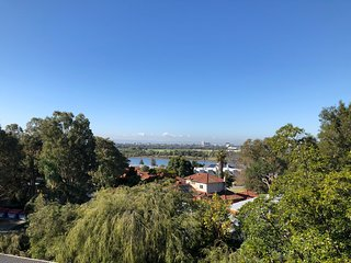 *Great Location in Mount Lawley with Great views of the Swan River*