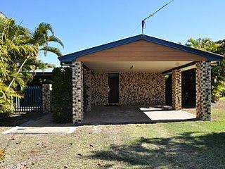 The Castaway Beach Holiday House