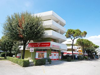 1 bedroom Apartment in Bibione, Veneto, Italy : ref 5518540