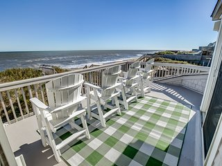 Looking Glass   Oceanfront   Dog Friendly, Private Pool, Hot Tub