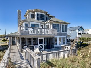 Looking Glass | Oceanfront | Dog Friendly, Private Pool, Hot Tub | Nags Head