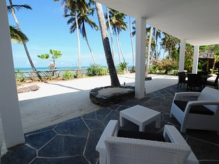Villa Noah Private Beach Front Suite