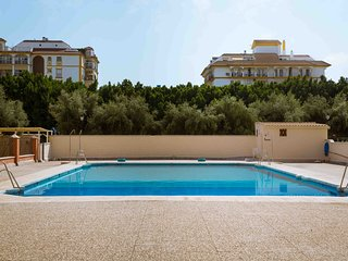 Lovely apartment in Fuengirola with pool