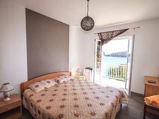 Rooms Villa Marija - Double Room with Shared Balcony and Sea View
