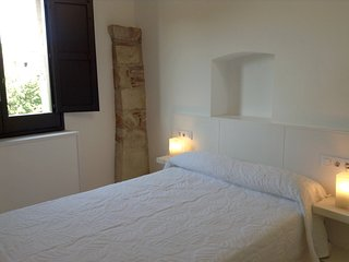 3rd floor apt overlooking the river in the historic center of Girona