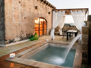 Dimora Sighe Puglia | Design Holiday Home with heated pool | Private retreat